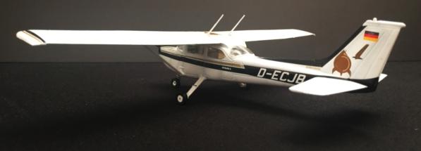 Cessna 172 Skyhawk Done 003
