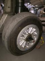 saab-j32e-lansen-main-gear-005