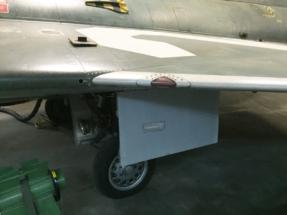 saab-j35f-draken-main-gear-009