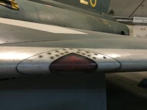 saab-j35f-draken-wing-010