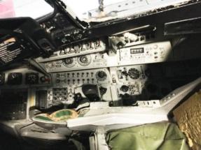 saab-ja37-viggen-cockpit-001