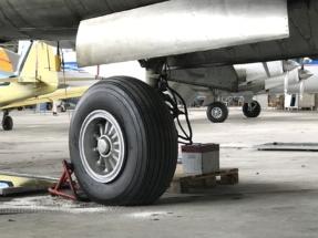Douglas A-26 Invader landing gear 001
