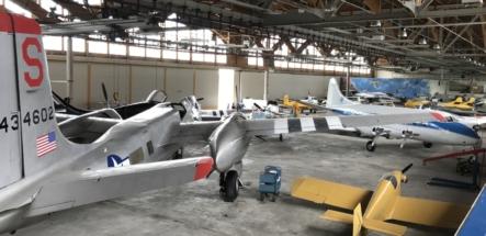 Douglas A-26 Invader wing 005