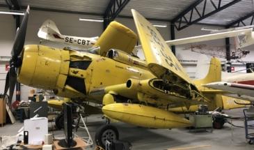 Douglas Skyraider AD-4 W 001