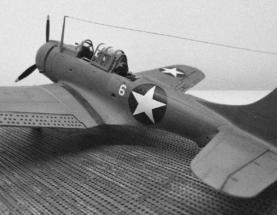 Douglas SBD-2 Dauntless BW 001