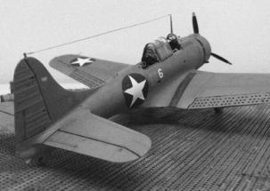 Douglas SBD-2 Dauntless BW 002