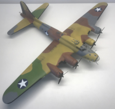 Boeing B-17F (E) Flying Fortress finished 001