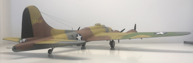 Boeing B-17F (E) Flying Fortress finished 003