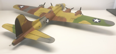 Boeing B-17F (E) Flying Fortress finished 004