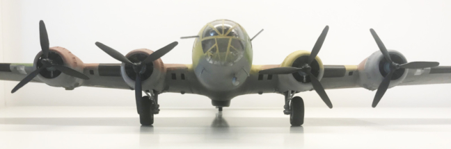 Boeing B-17F (E) Flying Fortress finished 008