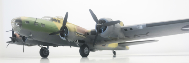 Boeing B-17F (E) Flying Fortress finished 010