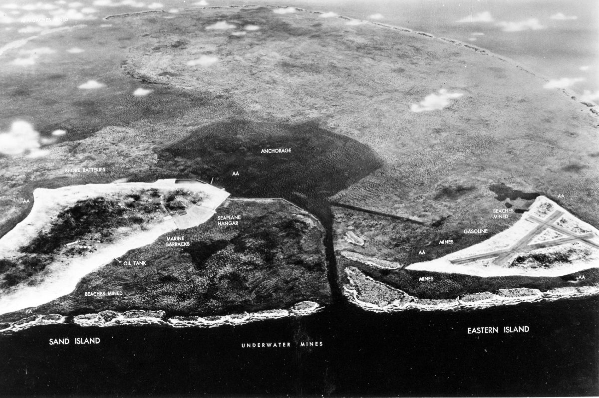 The lay out of the Midway Atoll in 1942